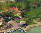 Hotel fronte lago di Garda e vicino a Gardaland